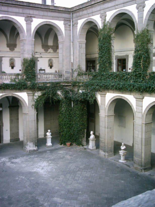 Cortile seicentesco